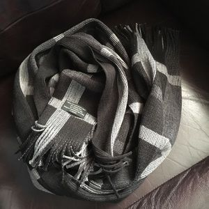 Other - ♥️ 3 for $10. Black and grey scarf